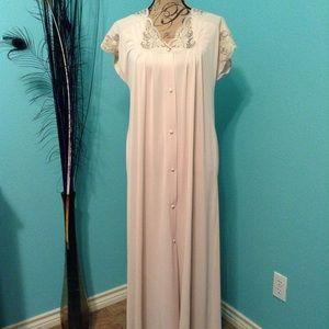 Vintage Shadowline robe